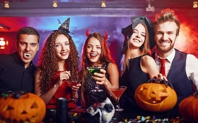 petrecere de halloween
